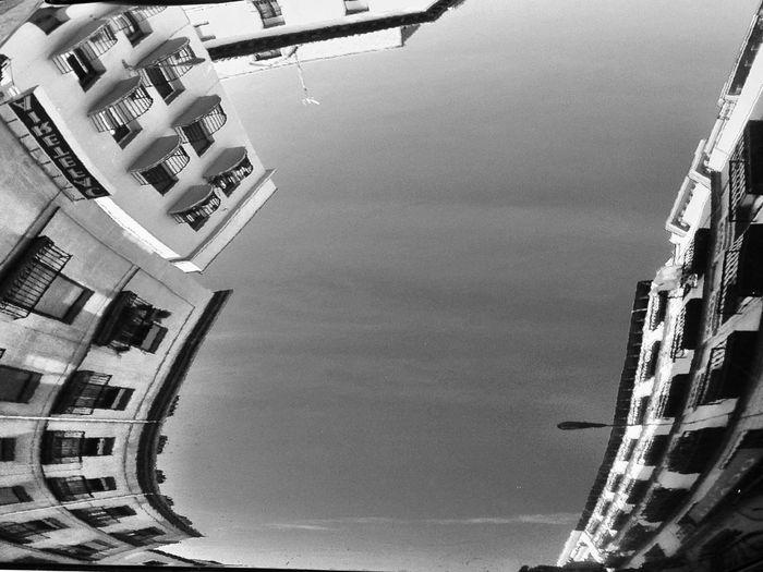 AMPt_community Reflection On Car NEM Black&white NEM Architecture