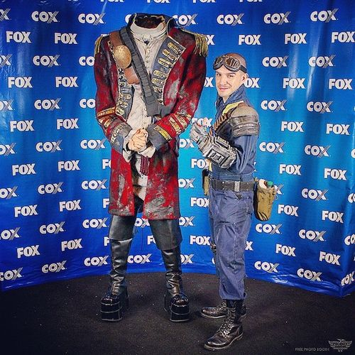 Don't like to post pics of myself too much but here's the Flikr pic from the @phoenixcomicon photobooth. Me in my Fallout Vaultsuit Phoenixcomiccon Phoenixcomiccon2014 phxcc pcc vault101 pipboy 💥📷💥 😜😁