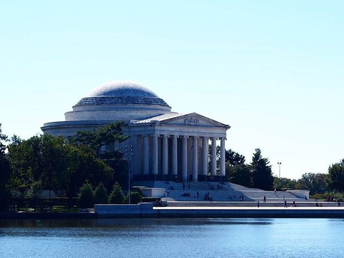 The Jefferson Memorial in Washington DC, a lot of the ideas this man brought up are just as if not more appropriate than they were back then. ___________________________________ Jefferson Jeffersonmemorial ThomasJefferson WashingtonDC USA Travelusa History Americanhistory Lake Architecture Architecturephotography Architecturelovers Travel Mytravelgram Instatravel Travelgram Olympus Takemeback Wanderlust