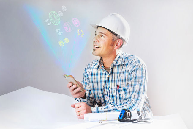 Hologram Tecnology Virtual Virtual Reality Holographic Mature Adult Men One Person Project Smart Phone Smiling Workers At Work
