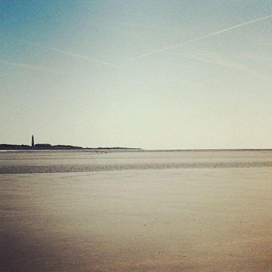 Watching old holiday pictures... #schiermonnikoog #schier #sand #beach #sky #skyporn #horizon #lighthouse Canonae1program Canonae1 Beach Schier Sky Friesland Holland Lighthouse Sand Horizon Skyporn SLR Netherlands Northsea Hot_shotz Schiermonnikoog Amazigram Instagood_germany