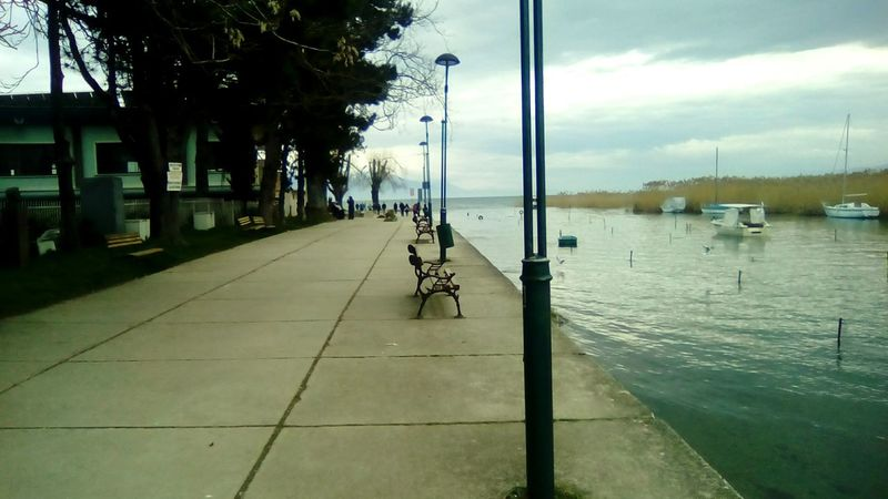 Here Belongs To Me Hanging Out Taking Photos Ohridlake Struga Relaxing Trees Sky And Clouds Sky_collection Streetbulb Shore Lakeshore Love Here belongs to me.💔💓 Benches Boats⛵️ The 2016 EyeEm Awards