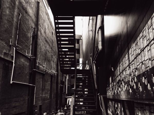 EyeEmNewHere Architecture Built Structure The Way Forward No People Building Exterior Illuminated Black And White Black & White Grunge