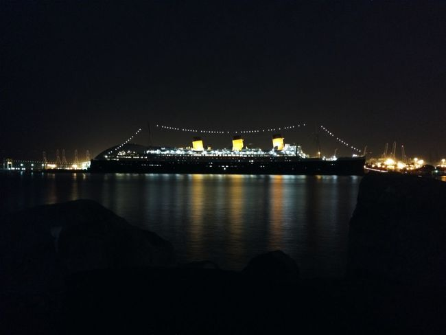 The Queen Mary. Love Longbeach #california Ship Nightphotography Reflection