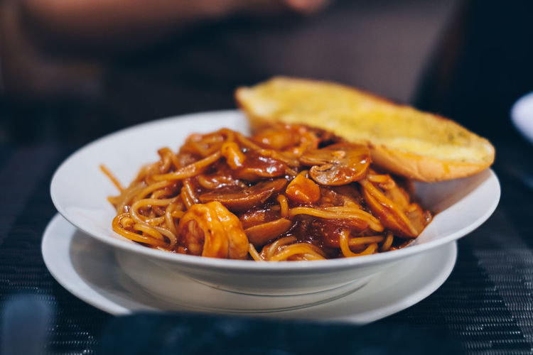 spaghetti Food Food And Drink Freshness Ready-to-eat Table Close-up Still Life Pasta Serving Size Italian Food Healthy Eating Plate Bowl Selective Focus Wellbeing Indulgence Temptation Spaghetti Seafood Mediterranean  Backgrounds Mushroom Lifestyles Garlic Bread Mouthwatering