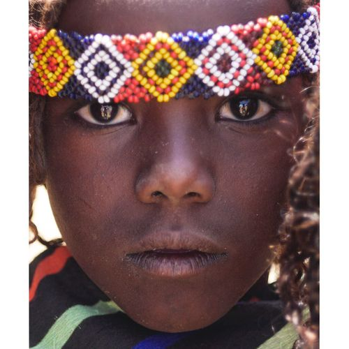 Les yeux d'Afrique Body Part Looking At Camera Child