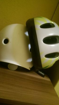 White Color Yellow Black Color Helmet Indoors  Close-up No People Day 😃😃😄😄😀😎 😃.