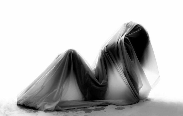White Background Studio Nude-Art Wet Shiluette Girl EyeEmNewHere EyeEmNewHere