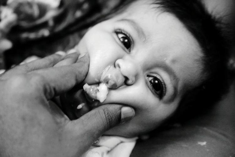 Child Childhood Headshot Human Eye Portrait Lying Down Cute Baby Cuteness EyeEm Best Shots Close-up Black And White Photography, Blackandwhite Monochrome