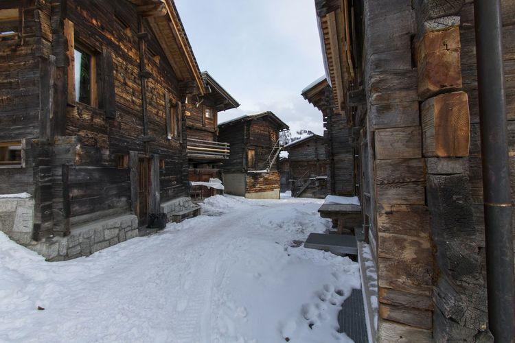 Old village in Valais Valais Snow Winter House Penninealps Switzerland Photography Winterwonderland Travel Alps Ownstuff Canon80d No People Outdoors