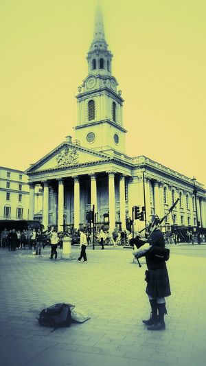 Bagpiper Performance Musician St Martin-in-the-fields