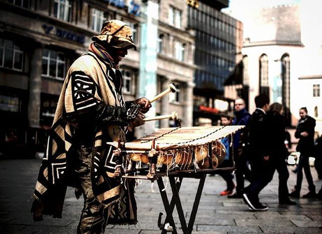 El Musicante Köln Cologne Musik Music Africanmusic Streetphotography Frühling Spring Sonne Sun