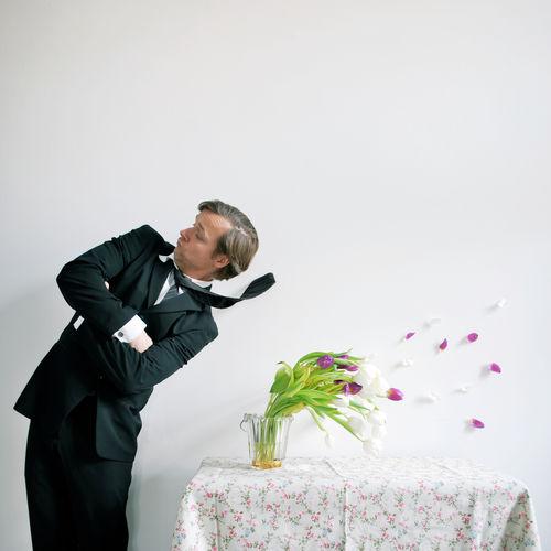 Blumenstrauß Selbstgemacht🌾 Frühlingserwachen Tischdeko  Wetter Boe Businessman Hochzeit Hochzeitstag Sturm Tisch Tischdecke Tulpen Wind