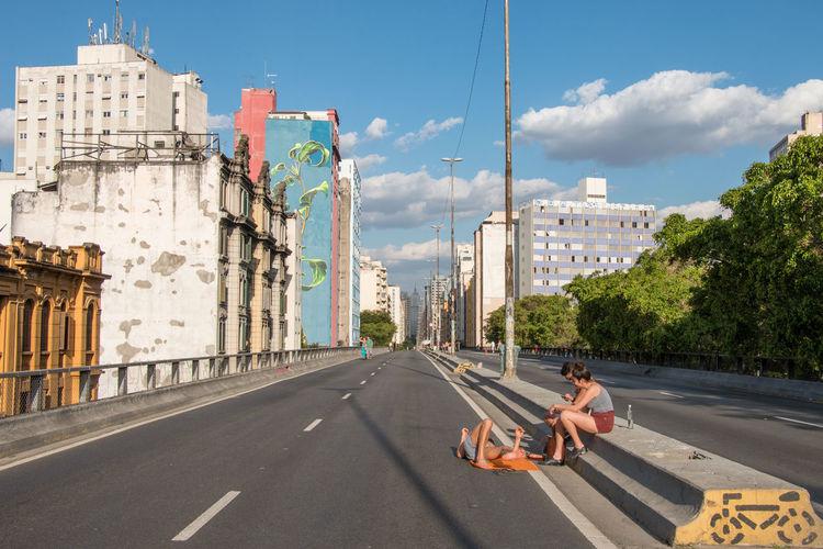 Minhocão Minhocão Chilling Elevated Highway São Paulo Elevado Here Belongs To Me People Together Street Photography The Street Photographer - 2016 EyeEm Awards Fine Art Photography Colour Of Life