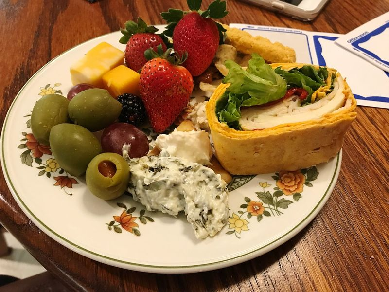 Foodie! A plate isn't enough!!! Food And Drink Food Plate Fruit Strawberry Freshness Food Stories Healthy Eating Food Stories Food Stories