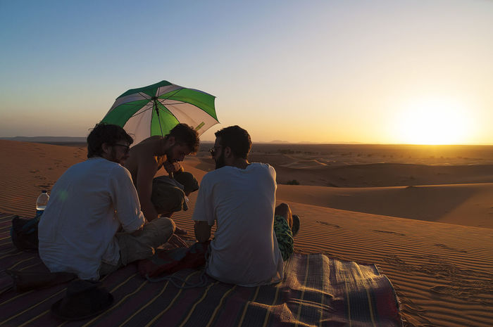 THESE Are My Friends Good Times Morocco Desert Sunset Photography chill with my friends in the desert of morocco Quiet Moments Contrast Javierpedraza.weebly.com Notphotoshopped Minimalism Landscape Landscape_Collection Landscapes With WhiteWall My Favourite Photo a long trip with your best friend at the end of a perfect day Enjoy The New Normal An Eye For Travel