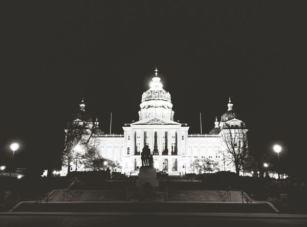 Iowa State Capital Building First Eyeem Photo Downtown Iowa Lights Night Photography Night Des Moines, Iowa Dsm Des Moines Capital Cities  Capital Building