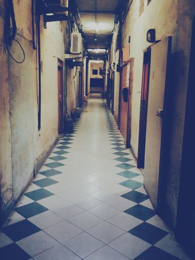Empty Walk... Officebuilding Walk Alone Scary Someoneisalwayswatching