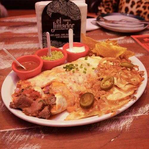 Sisenor Buritoelgrande Burito  Quesadillas mexican mexicanfood pornfood megusta photo ivandiesel