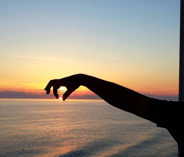 Sunrise Hand Sea And Sky Sundown Cruise Evening Sun Sun