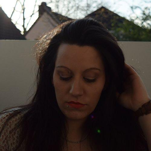Sun Bestweather Sunshine FOTD Brunettes Blackhair Longhair Nofilter Lovelonghair Germanblogger Ruhrpott Duisburg Fossil Essence Loveandsound Eyeshadow Lipstick Piercing Piercingsofinstagram