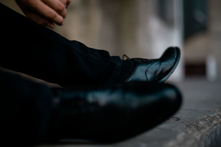 Man Stylish Adult Body Part Business Bycicle Day Hand Human Body Part Human Foot Human Hand Human Leg Human Limb Indoors  Jeans Leather Lifestyles Low Section Man Fashion Men One Person Real People Relaxation Retro Style Retro Styled Selective Focus Shoe Sitting Style Style And Fashion