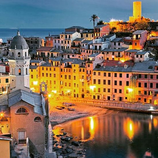 Magica notte vernazza, cinque terre, liguria, italy 😉😍❤👍 Amazing Places To See Awsomenature Awesome_shots Amazing_captures Best View Beautiful City EyeEm Best Shots Eyem Best Shot My Best Photo 2015 Rome, Italy