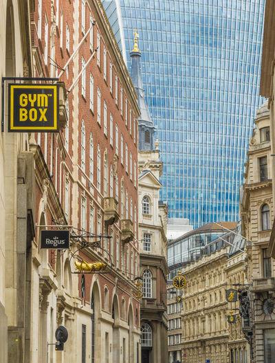 London (Bank)