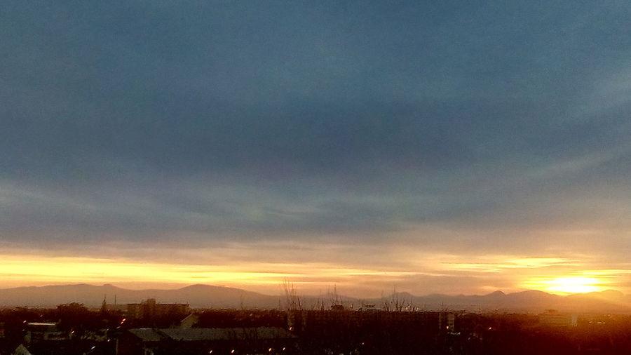 Sunrise Beautiful Nature Colourful Skies Multi Colored City Sky Cloud - Sky