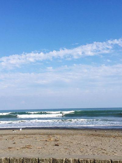 セットはワイドだったけど、久々にサイズのある波でサーフィン 出来たよ😉🤙✨☀️☀️☀️✨ Sea Beach Sky Horizon Over Water Cloud - Sky Nature Sand Water Beauty In Nature Scenics Day Wave Tranquility Blue Tranquil Scene No People サーフィン 波乗り 青空