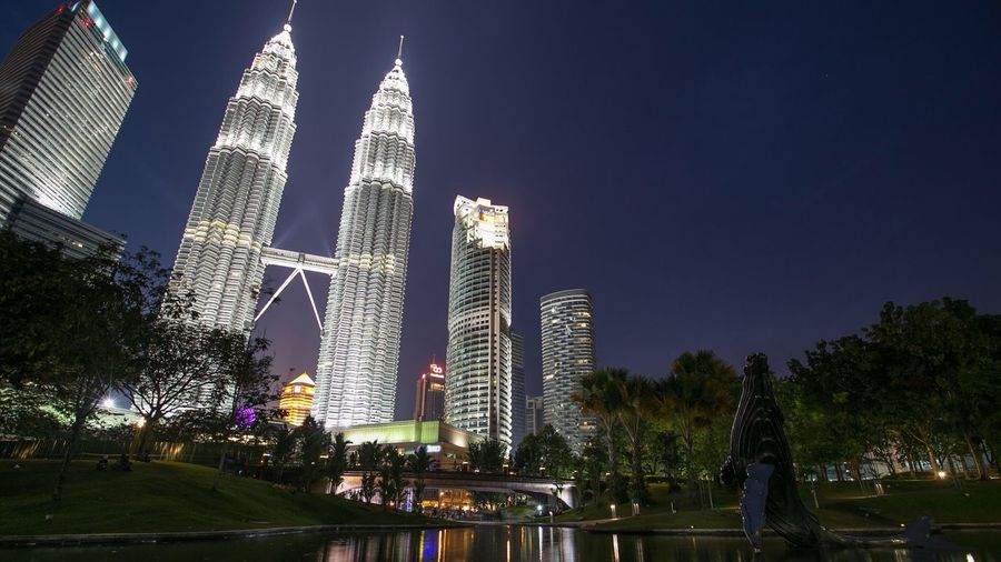 Suria KLCC Petronas Twin Towers Nightscape Cityscapes Blue Hour Cities At Night