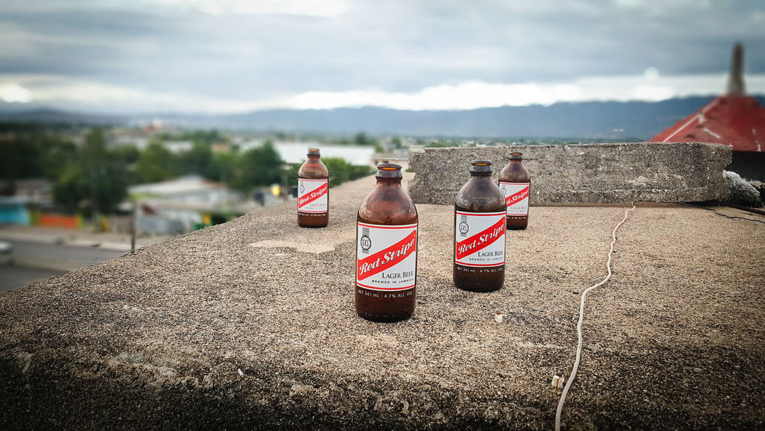 Sunday evening relax session. Red Stripe Beer Jamaica Hanging Out Focus On Foreground Note5photography Sunday Evening
