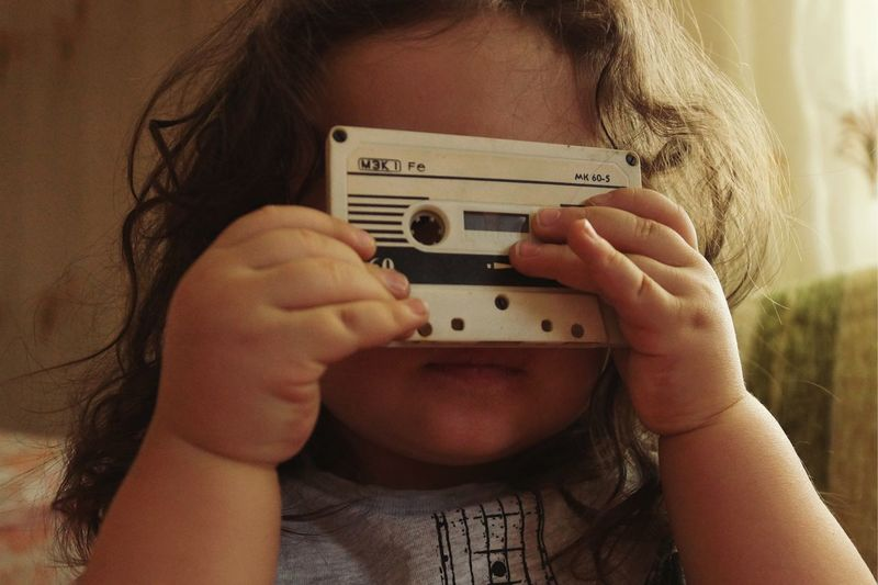 Old Tape Music Music Tape Vintage Babyboy Baby Photography Human Hand Photography Themes Technology Wireless Technology Old-fashioned Retro Styled Holding Close-up Musical Instrument String Record Player Needle Musical Equipment Guitar Photographer Photo Messaging My Best Photo