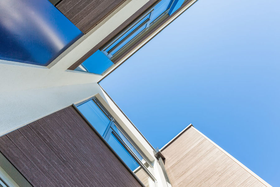 Looking Up towards the blue sky Angle Angles And Lines Angles And Views Architectural Detail Architecture Architecture Architecture_collection Architecturelovers Blue Blue Sky Building Exterior Built Structure City Clear Sky Close-up Day Low Angle View No People Outdoors Roof Sky Sky And Clouds Window