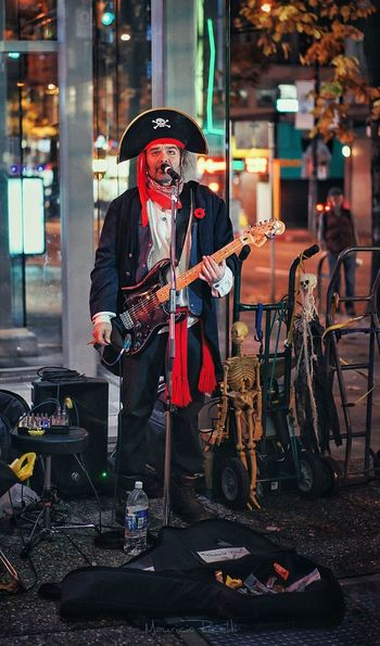 capitan pirate band Performance Electric Guitar Pirate Streetphotography Halloween Streetportrait Singer  Streetsinger One Man Only Musician Music