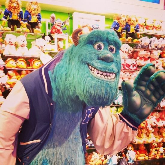 Life size version of Sully in the disney store with Lexie <3 Disney Monstersinc Sully