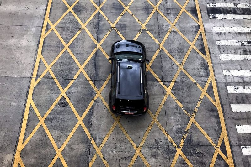 Car Automobile Top View Pattern Street City High Angle View Street Road Car Point Of View Land Vehicle Vehicle Moving Windshield Parking