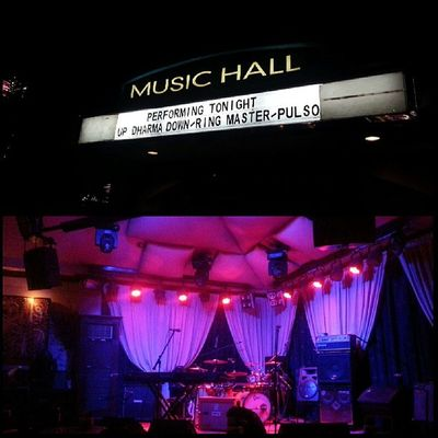 Waiting for Up Dharma Down here at 19 East! Instagramthatshit Awesome GoodTimes Updharmadown 19east saturdate