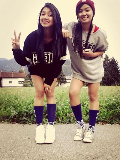 Hipster Best Friends