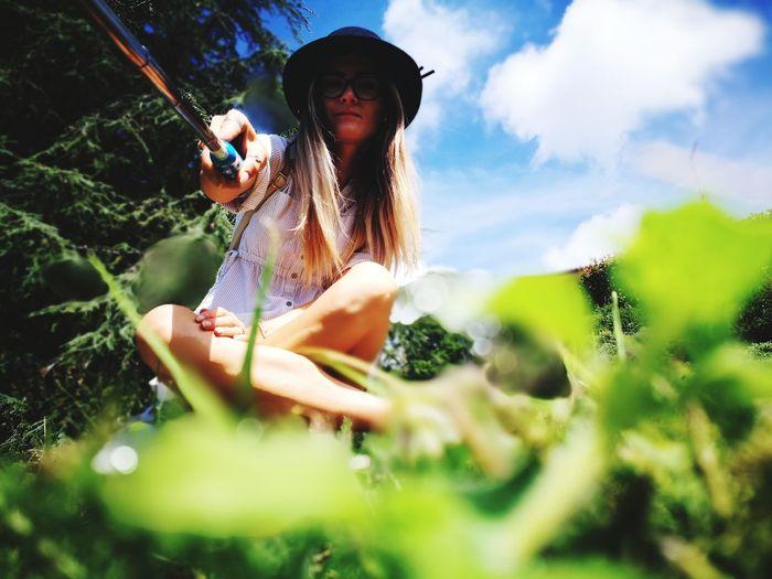 selfie Selfie ✌ Relaxing Moments Relaxing EyeEm Selects Tree Sky Grass Growing Vegetable Garden The Modern Professional Humanity Meets Technology International Women's Day 2019