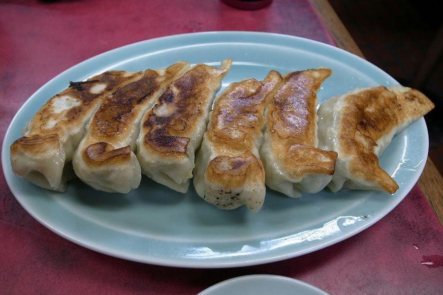 Chinese Food Food Porn In My Mouf Yummy Foodphotography Taking Photos Food Gyoza Enjoying A Meal ②餃子の黄金コンビ!