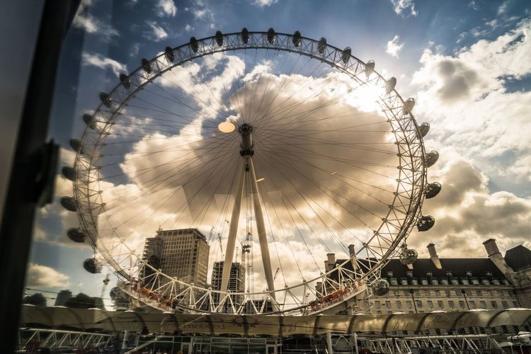 Big Wheel Cloud - Sky Postcode Postcards Built Structure Day LONDON❤ Thames River Big Eyes Travel Photography Travel Memories London Eye