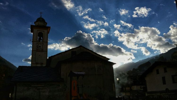 Taking Photos Hello World Mountains Sun_collection Clouds And Sky EyeEmBestPics Landscape_photography EyeEm Best Shots - Nature Aostavalley EyeEm Nature Lover