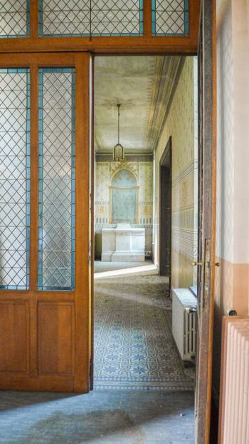 Door Indoors  Architecture Doorway No People History Old-fashioned Luxury Sunlight Urbex Urbexworld Travel Destinations Urbexphotography Lostplaces Abandonedplaces Abandoned Buildings Abandoned Abandoned Places Urbexexplorer Photography Photograph Discovering Sky Interior Design Day