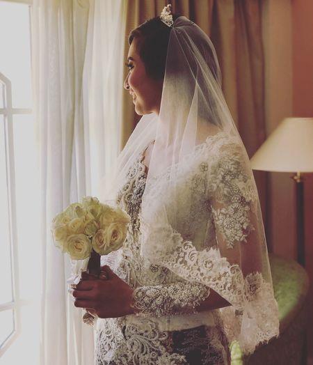 Women Around The World Wedding Bride Wedding Dress Wedding Ceremony Flower Bouquet Day