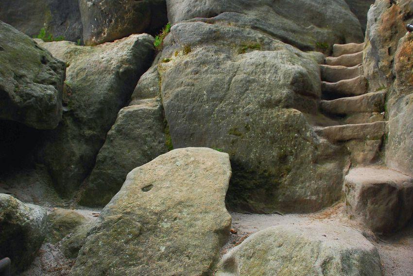 A way in the rocks. Stairway Rocks Rock Formation Stairs In Nature Old Stairs Oldstairs Old Stairways Sächsische Schweiz