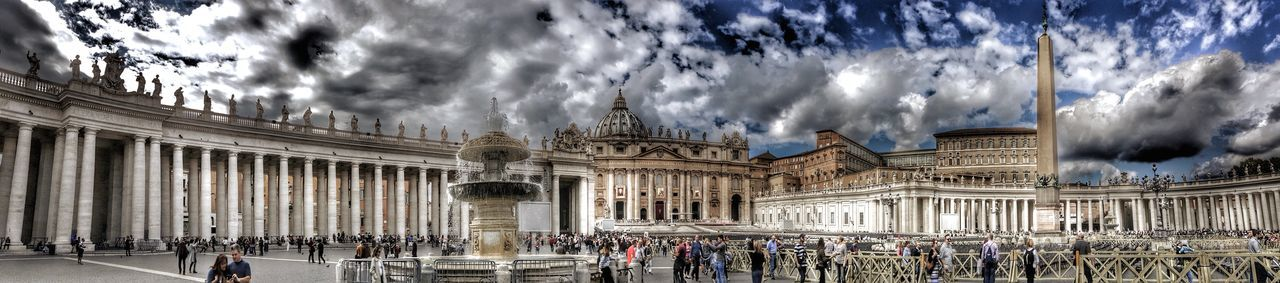 Basilica di S.Pietroi Rome EyeEm Best Edits EyeEm Gallery HDR Historical Monuments Hdr_Collection Historical Building Cityscapes EyeEm HDR Collection Malephotographerofthemonth From My Point Of View EyeEm Best Shots Taking Photos Church