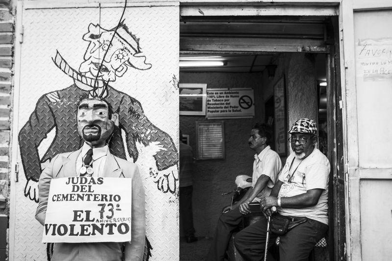 Quema de Judas. 20.04.14 Streetphoto_bw Street Photography Streetphoto The Street Photographer - 2014 EyeEm Awards
