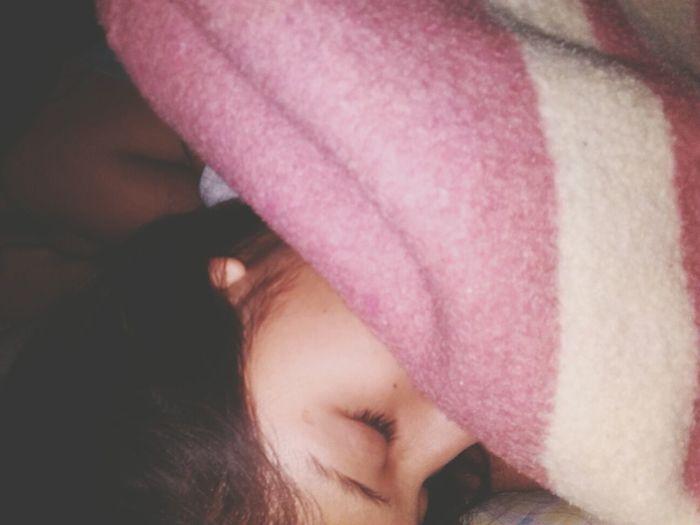 They say 'I waste time sleepin' but I'm just tryin dream' Sleepy TheBestThingsAroundTheWorld Chillin Bedroom