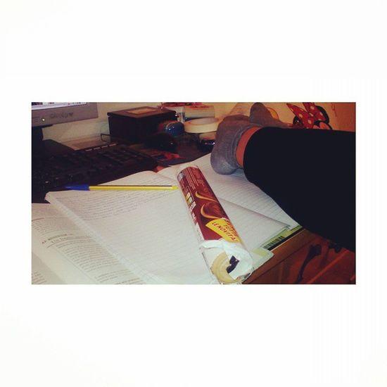 Lo studio disperato. 😂😁📖❌ Studicchio Stomale Ringo Piùlatino Lafelicità